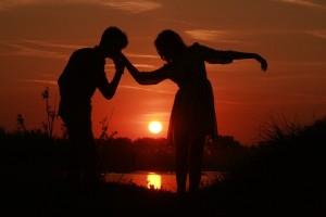 couple-915986_640
