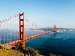 golden-gate-bridge-1031321_640
